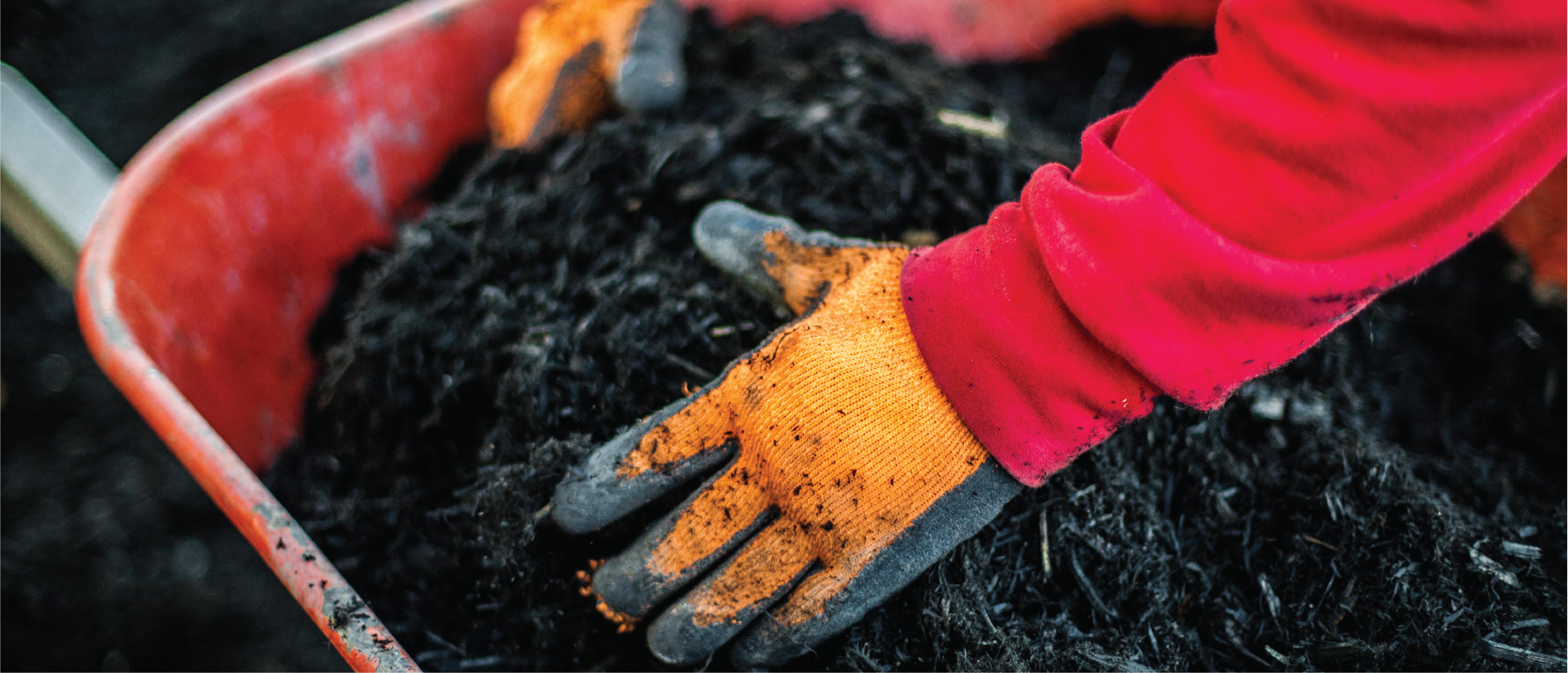 banner_black-mulch-in-barrel